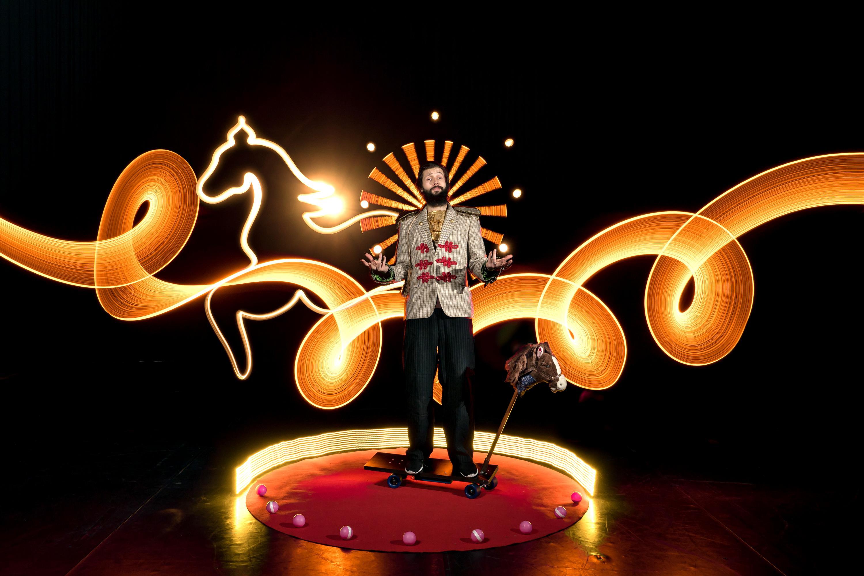 Race Horse Company: Chevalier © Hannu Huhtamo