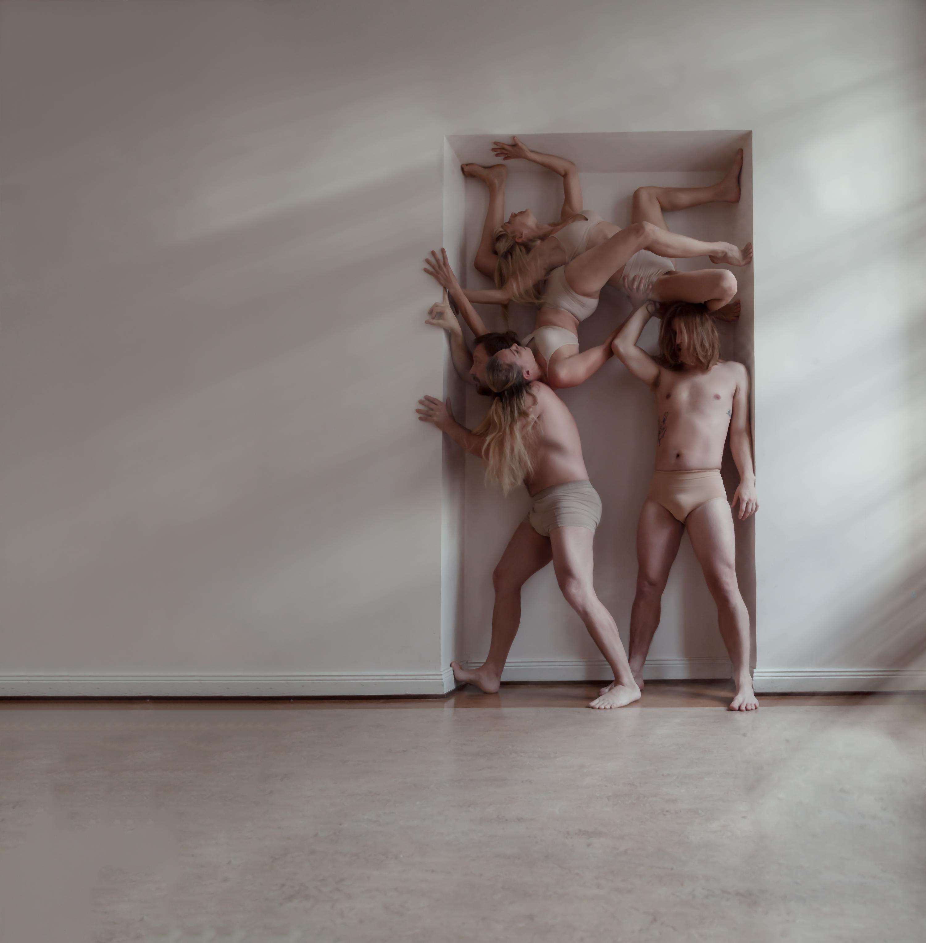 Agit Cirk: 2+2+2. Kuva: © Johanna Lehtinen